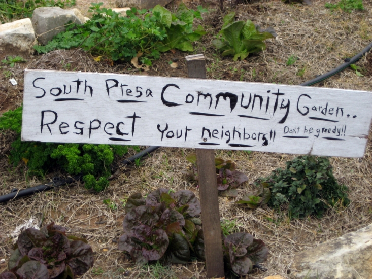 south presa street community garden sign